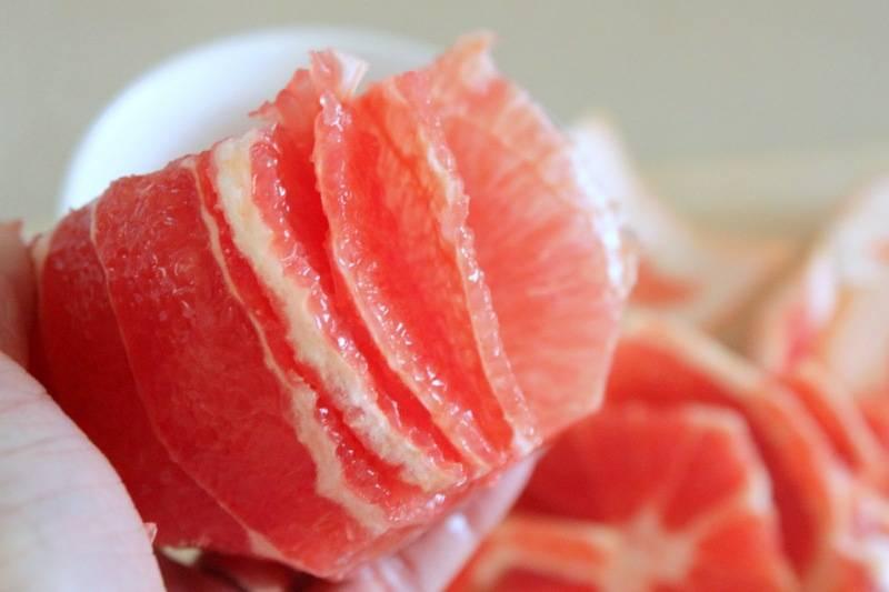 Как чистить грейпфрут?