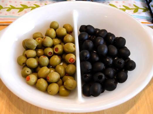 Маслины и оливки: в чем разница и есть ли она вообще?
