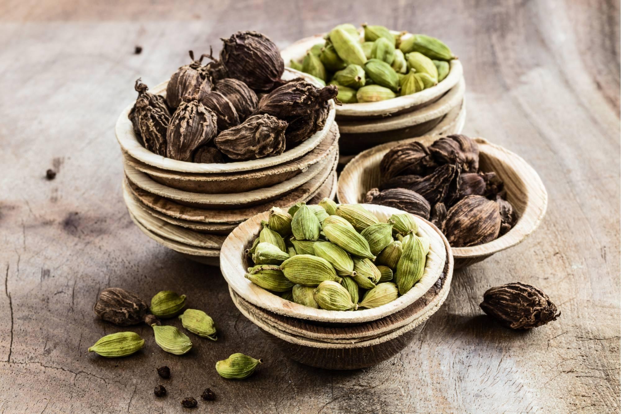 Кардамон — полезные свойства и противопоказания. рецепты чая и кофе с кардамоном