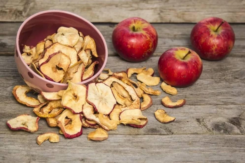 Полезные свойства сушеных яблок для здоровья