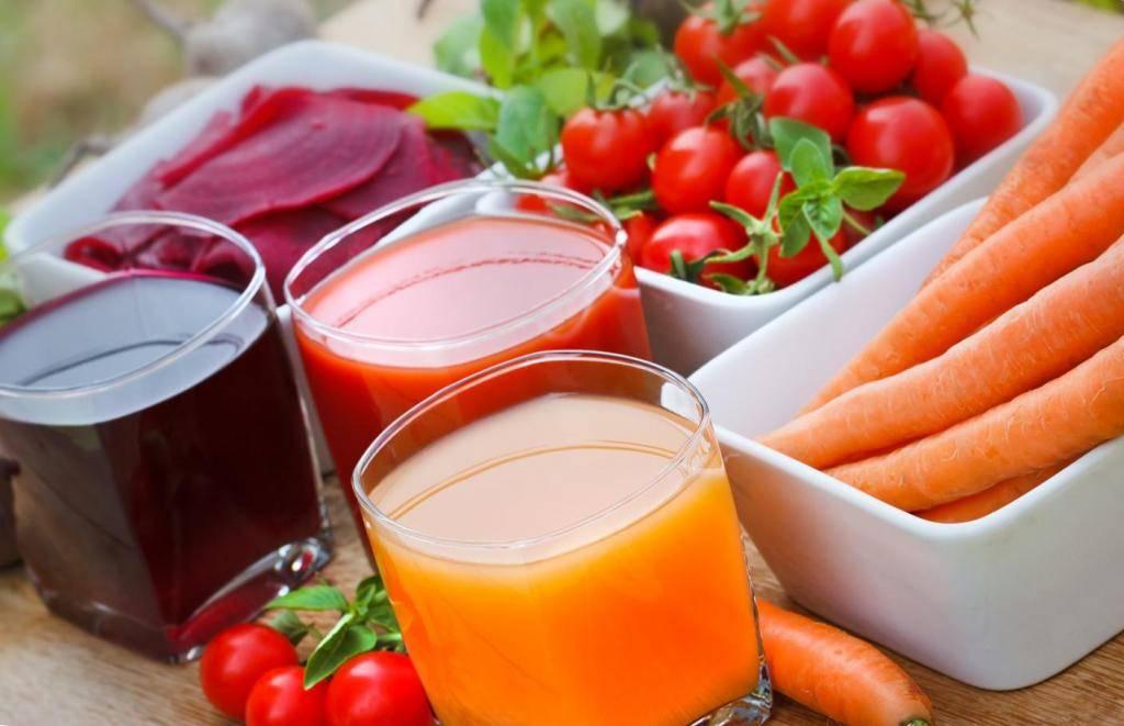 Какие можно пить соки при гастрите желудка и как их правильно приготовить?
