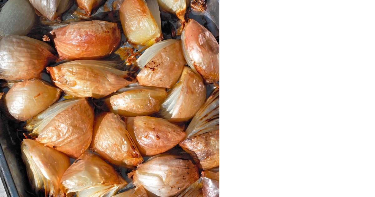 Раскрываем секреты вареного лука: польза и вред продукта для здоровья, лучшие лечебные рецепты