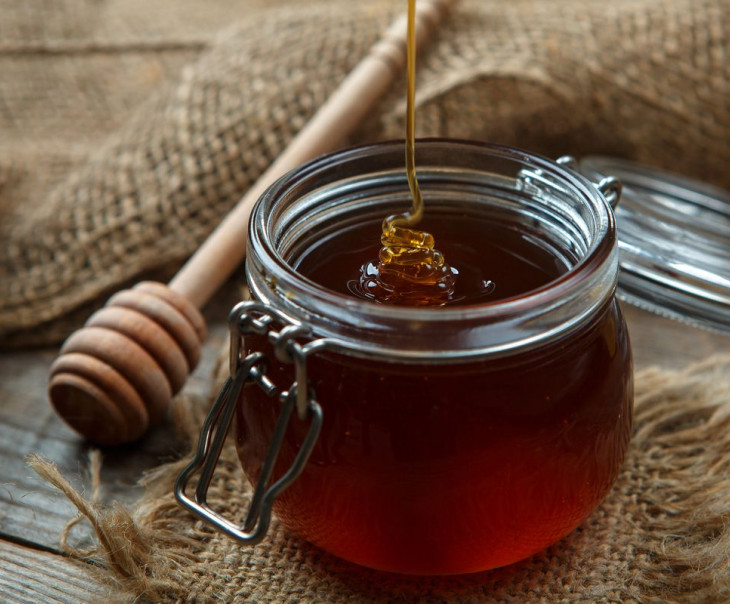 Каштановый мед — полезные свойства для женщин, мужчин, детей, противопоказания