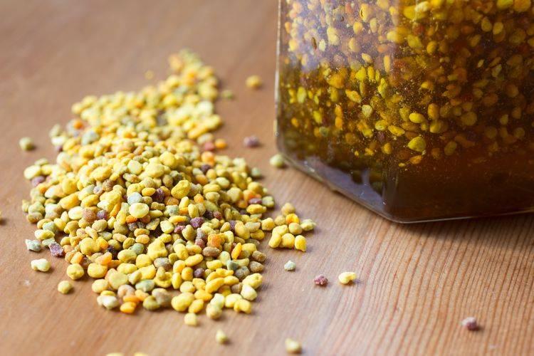 Польза и вред пчелиной пыльцы: использование в медицине и противопоказания