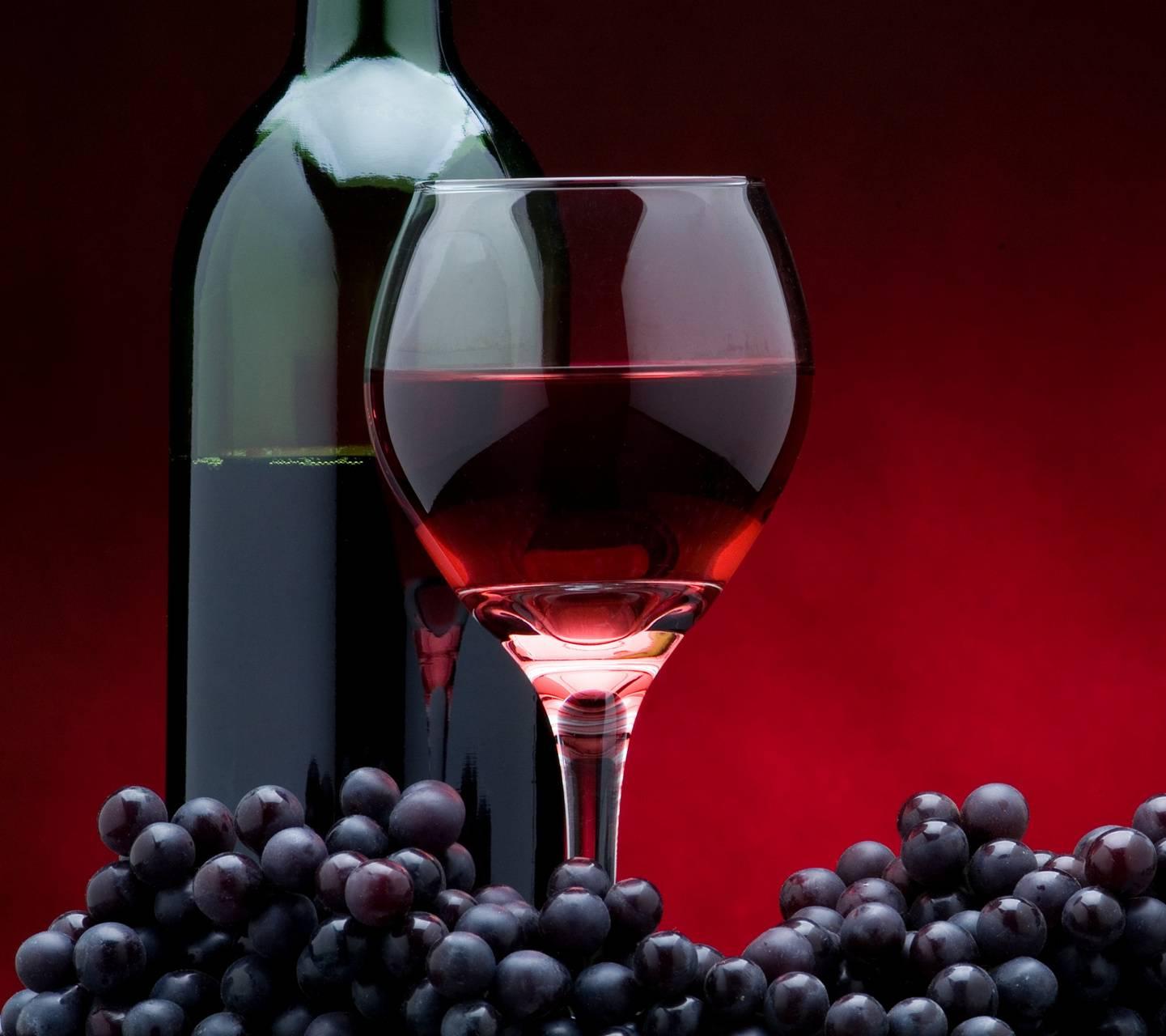 Полезен ли вашему организму бокал красного вина