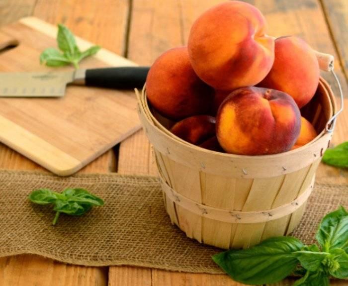 Полезные качества персиков, возможные противопоказания при употреблении