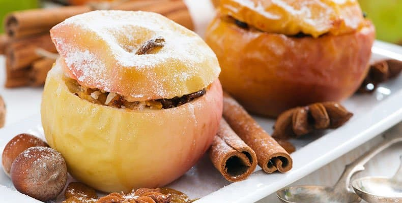 Чем полезны печеные яблоки, как их приготовить, отзывы
