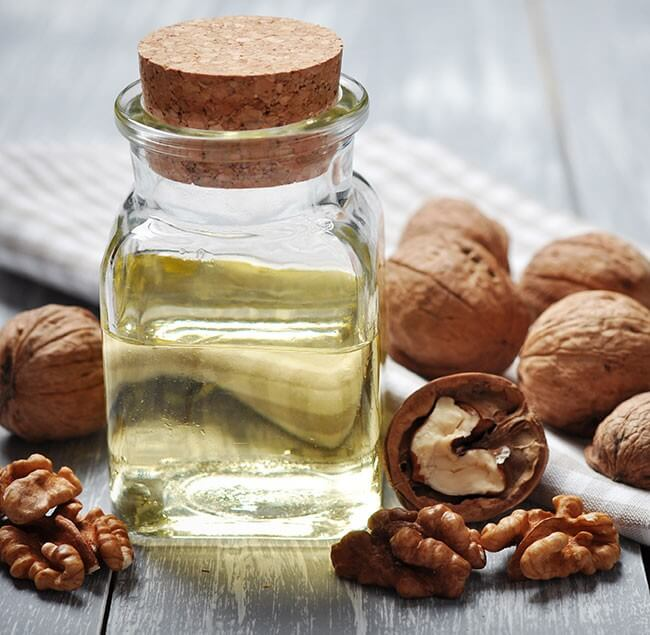 Особенности применения масла грецкого ореха в косметологии