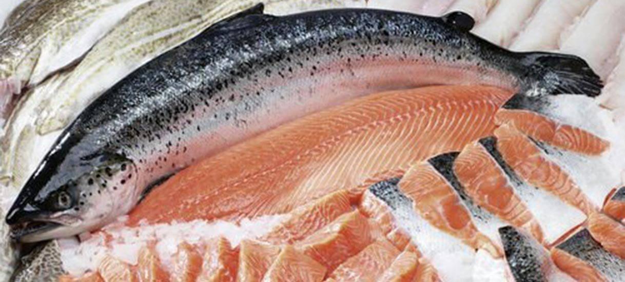 Как лучше размораживать рыбу, чтобы приготовить ее быстро и вкусно?