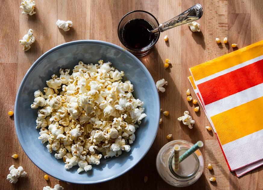 Попкорн: польза и вред для здоровья организма