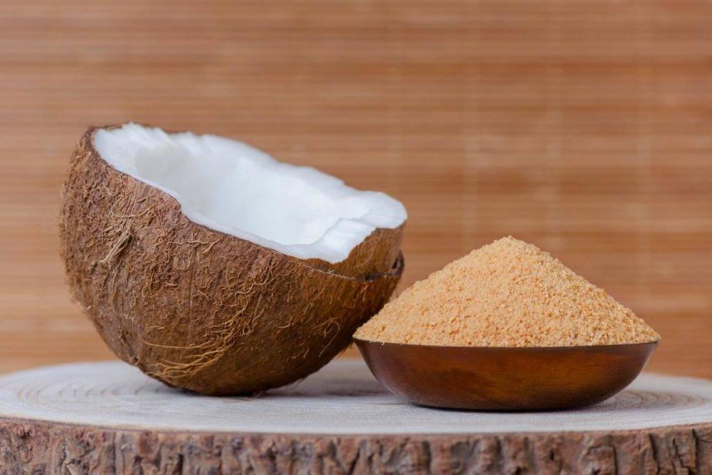 Кокосовый сахар: действительно полезнее обычного и можно считать более здоровой альтернативой