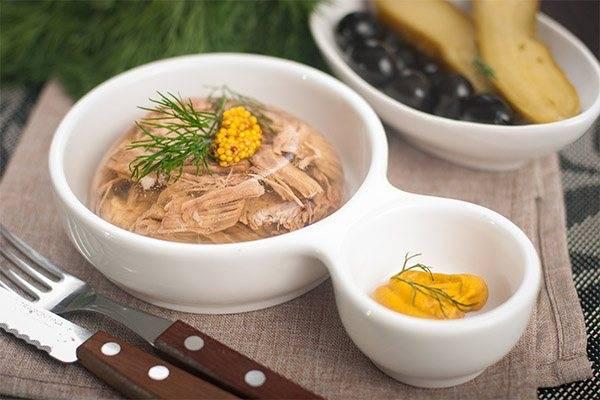 Холодец — польза и вред праздничного блюда