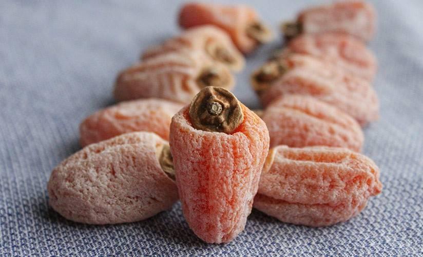 Сушеная или вяленая хурма: свойства, рецепты приготовления