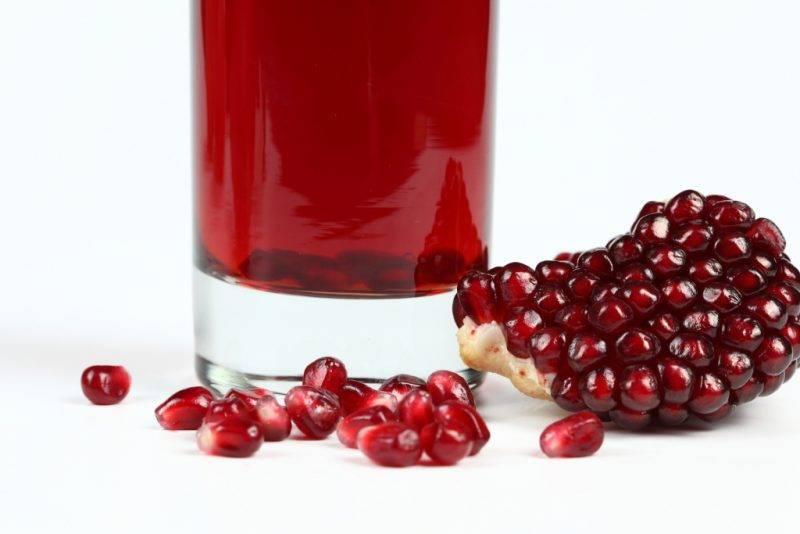 О пользе и вреде гранатового сока: целебный напиток в медицине и косметологии