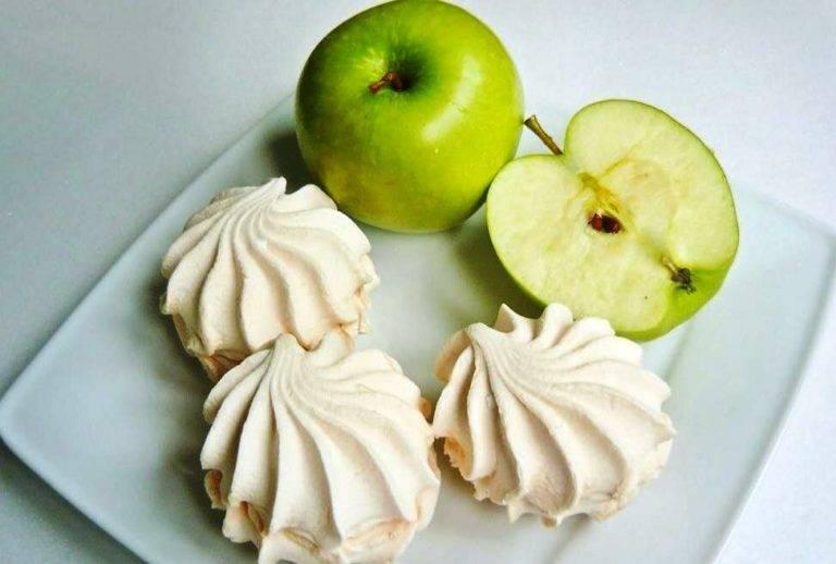 Особенности употребления сушеных яблок при грудном вскармливании. почему сухой фрукт полезнее свежего?