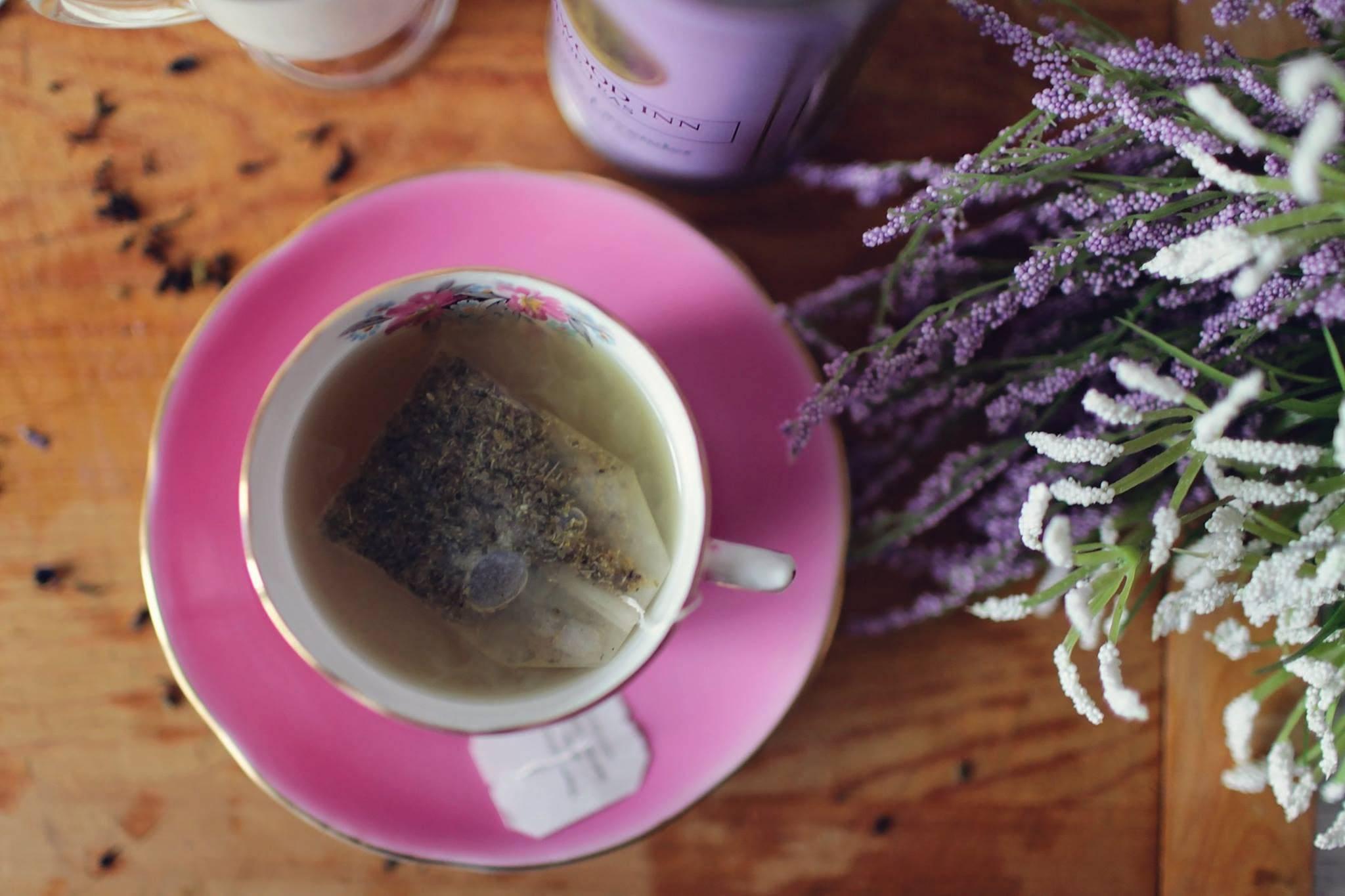 Чай с лавандой: кому польза, кому вред