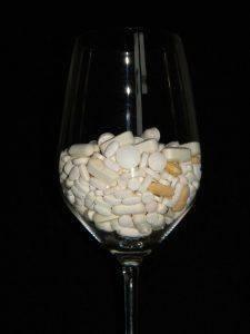 Смешение алкоголя и таблеток