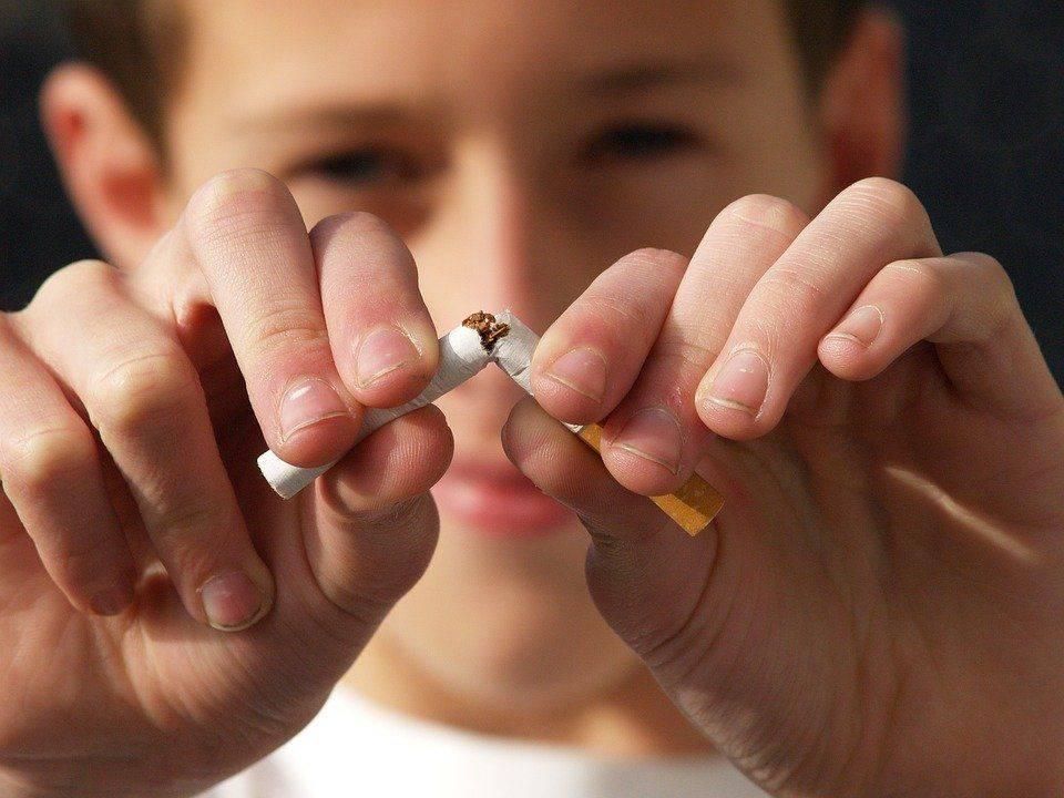 Действительно ли сода помогает бросить курить?