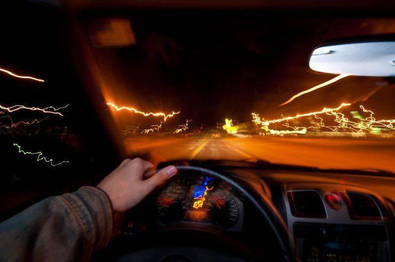 Как алкоголь влияет на время реакции водителя?