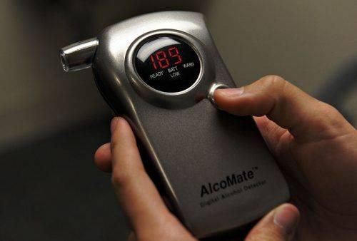 Электронный алкотестер