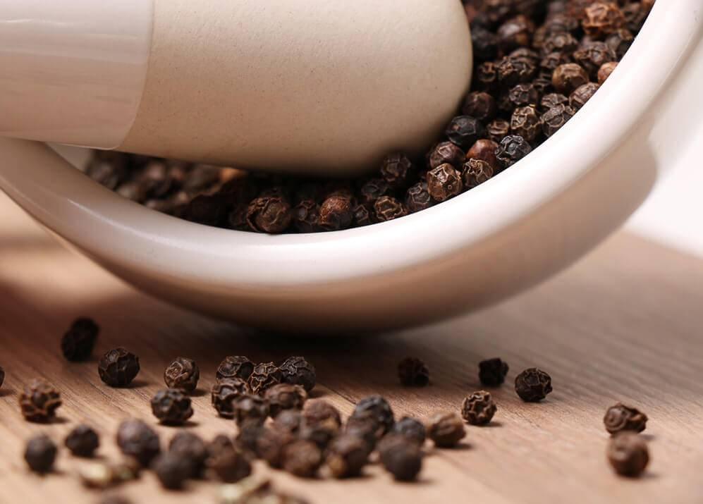 Черный перец горошек: польза и вред пряности и особенности выращивание в домашних условиях