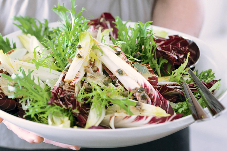 Всё о пользе и вреде салата латука для здоровья человека: рекомендации по употреблению и рецепты использования