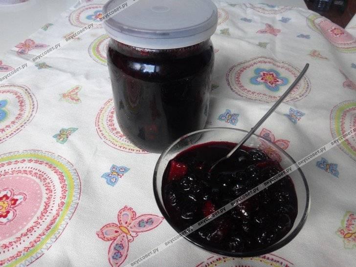 10 интересных рецептов с черноплодной рябиной