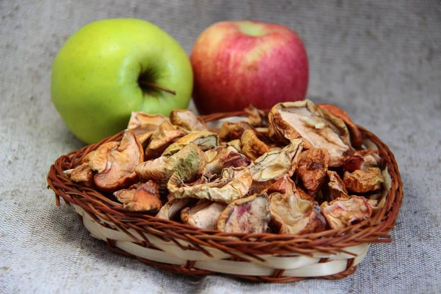 Польза сушеных яблок. состав и использование для здоровья и красоты