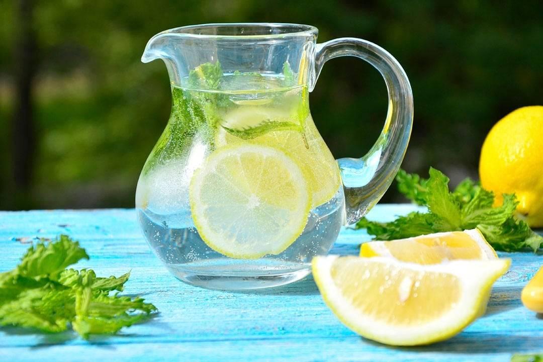 Лимон: польза и вред для организма человека. какими целительными свойствами он обладает?