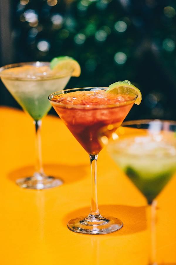 Как пить мартини правильно и чем закусывать