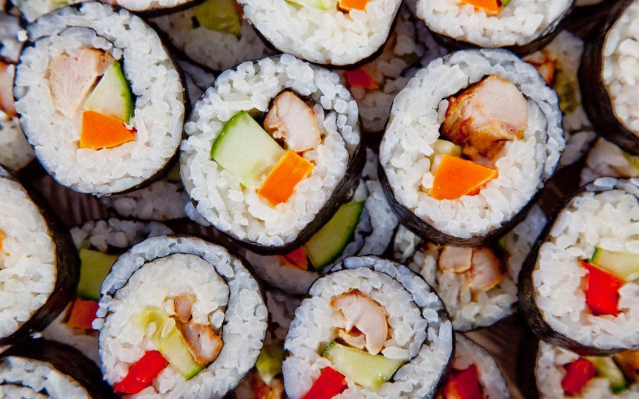 Суши — польза и вред для здоровья организма. роллы: польза или вред – что победит