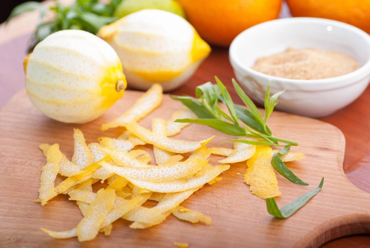 Полезные свойства кожуры лимона и особенности применения в медицине, косметологии и быту. практические рекомендации