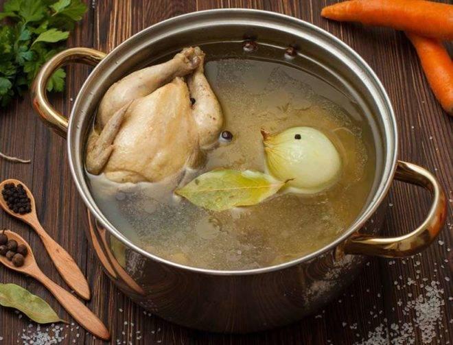 Куриный бульон — польза и вред для организма