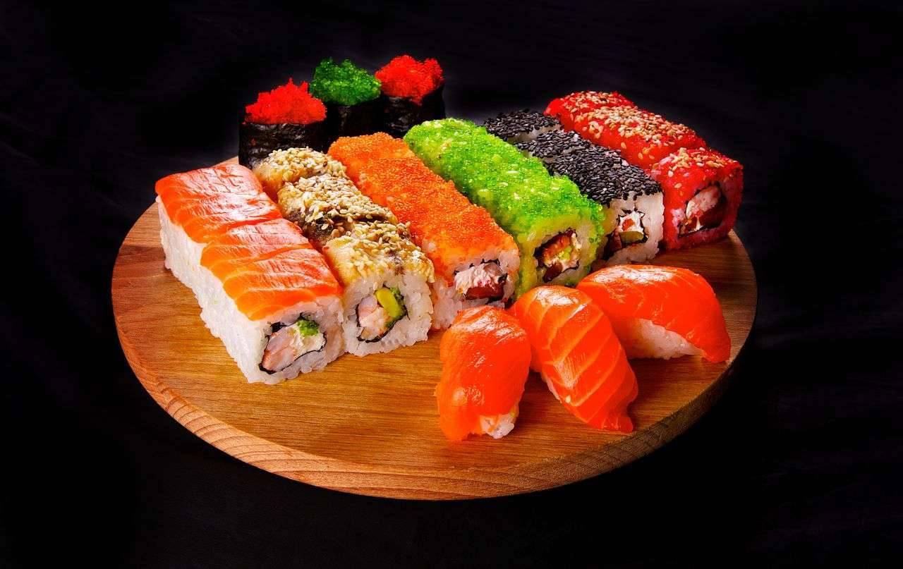 Можно ли есть суши и роллы на диете?