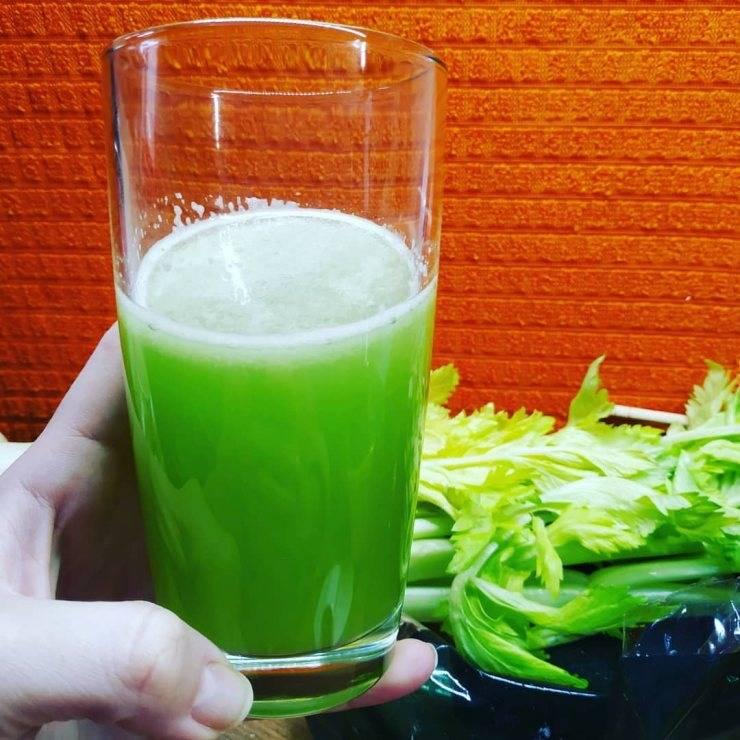 Уникальный напиток — сок сельдерея, обсудим его полезные свойства и сферы применения