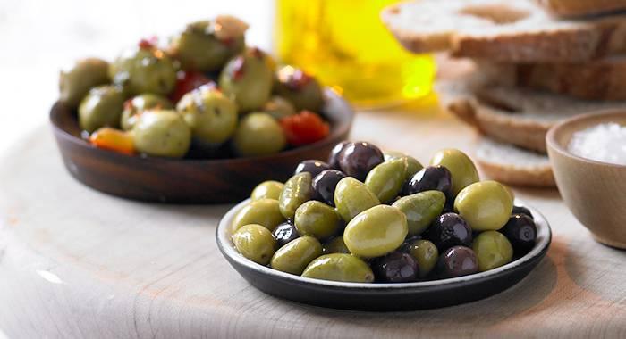 Польза и возможны вред маслин для человека