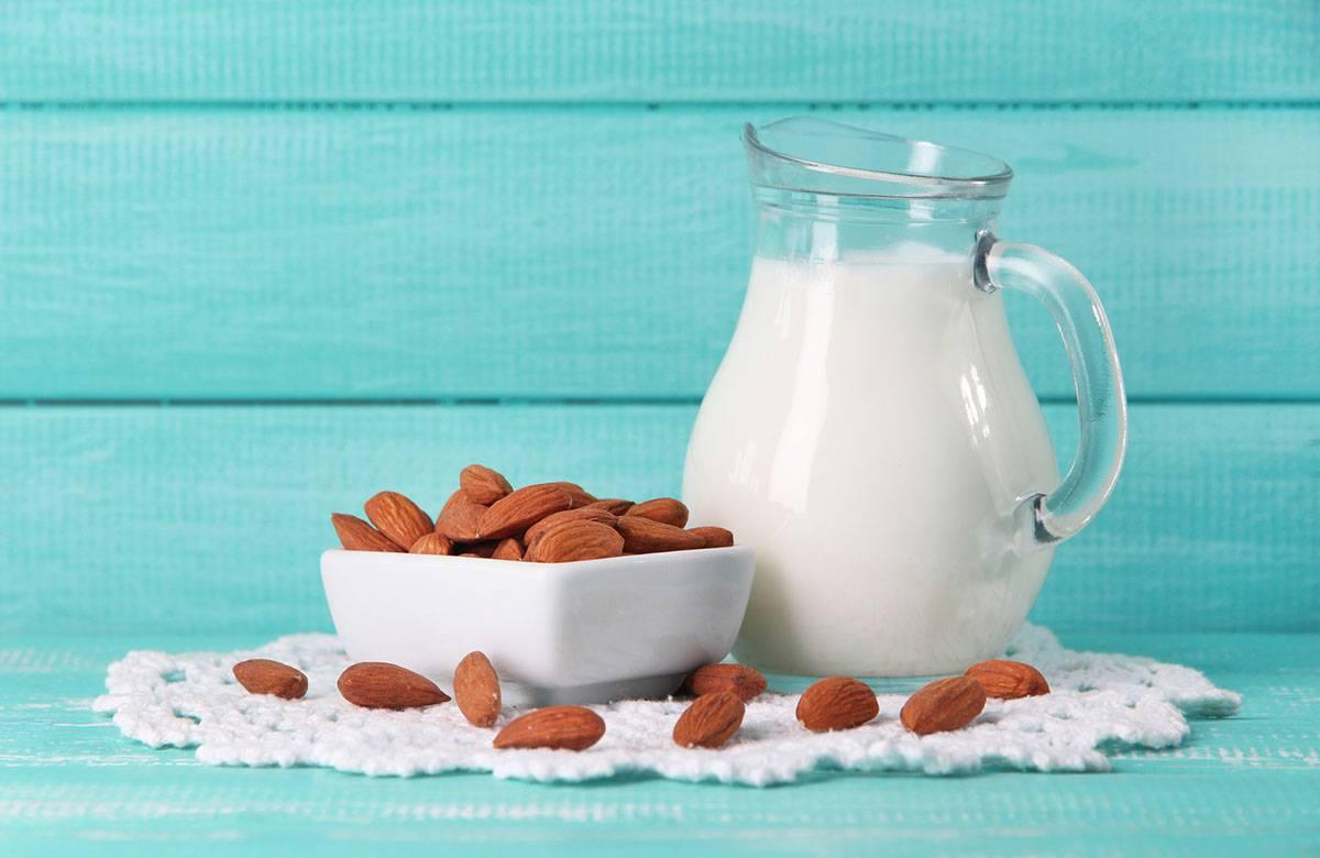 Чем полезно миндальное молоко? польза и вред для здоровья