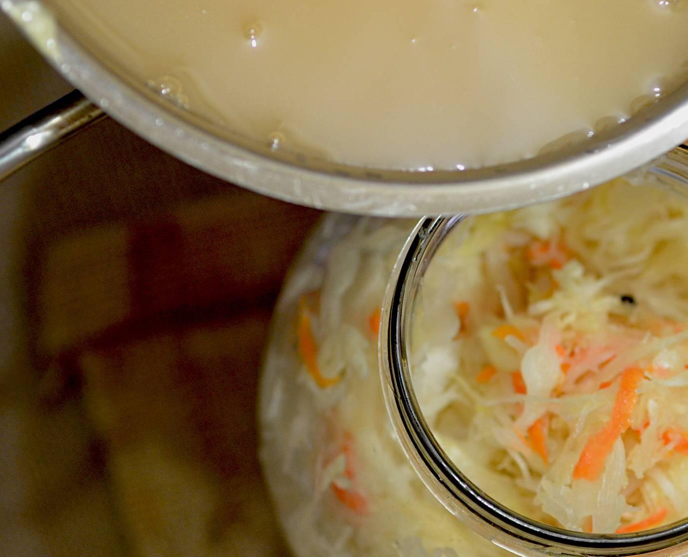 Сок квашеной капусты — польза и вред