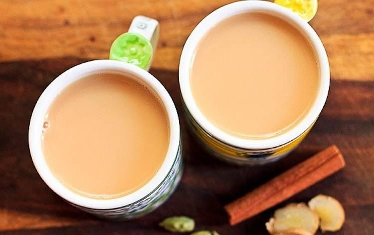 Вся правда о чае с молоком: когда он действительно полезен, а когда может представлять опасность