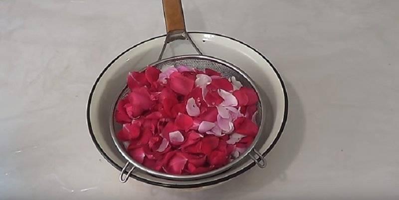10 рецептов варенья из лепестков роз в домашних условиях