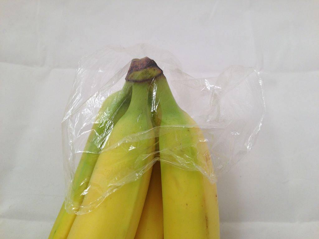 Как долго хранить бананы, чтобы они не почернели?