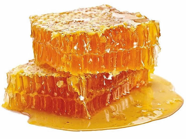 Мед в сотах — польза и вред для здоровья человека
