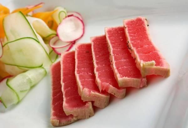 Тунец: полезные свойства, как приготовить, можно ли есть на диете