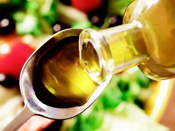 Оливковое масло польза и вред для женщин, мужчин, детей. польза оливкового масла для лица, волос, тела. как принимать оливковое масло для похудения?