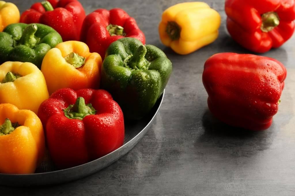 Болгарский перец польза и вред: лечебные свойства, противопоказания к употреблению и советы по выращиванию своими руками (125 фото)