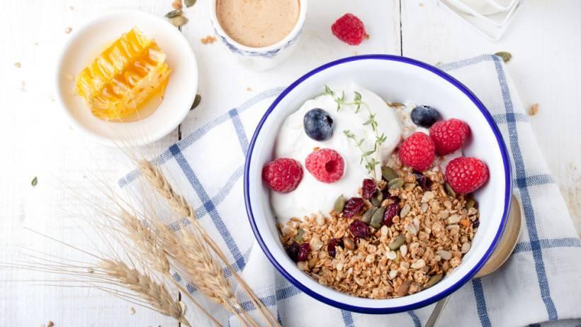 Полезные каши на завтрак. почему так полезно есть каши на завтрак.