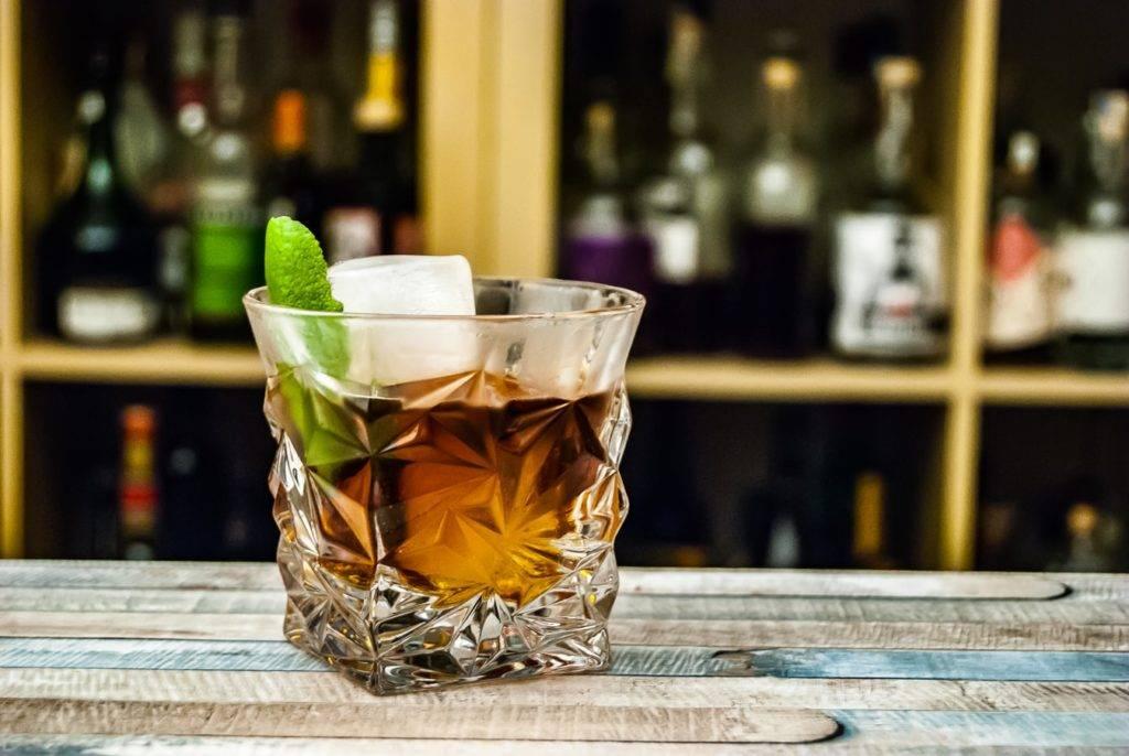 Положительные и отрицательные свойства виски