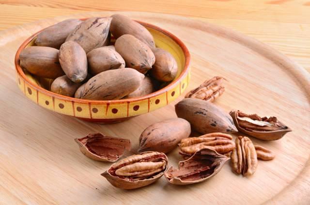 Орех пекан: польза и вред для мужского и женского организма, описание