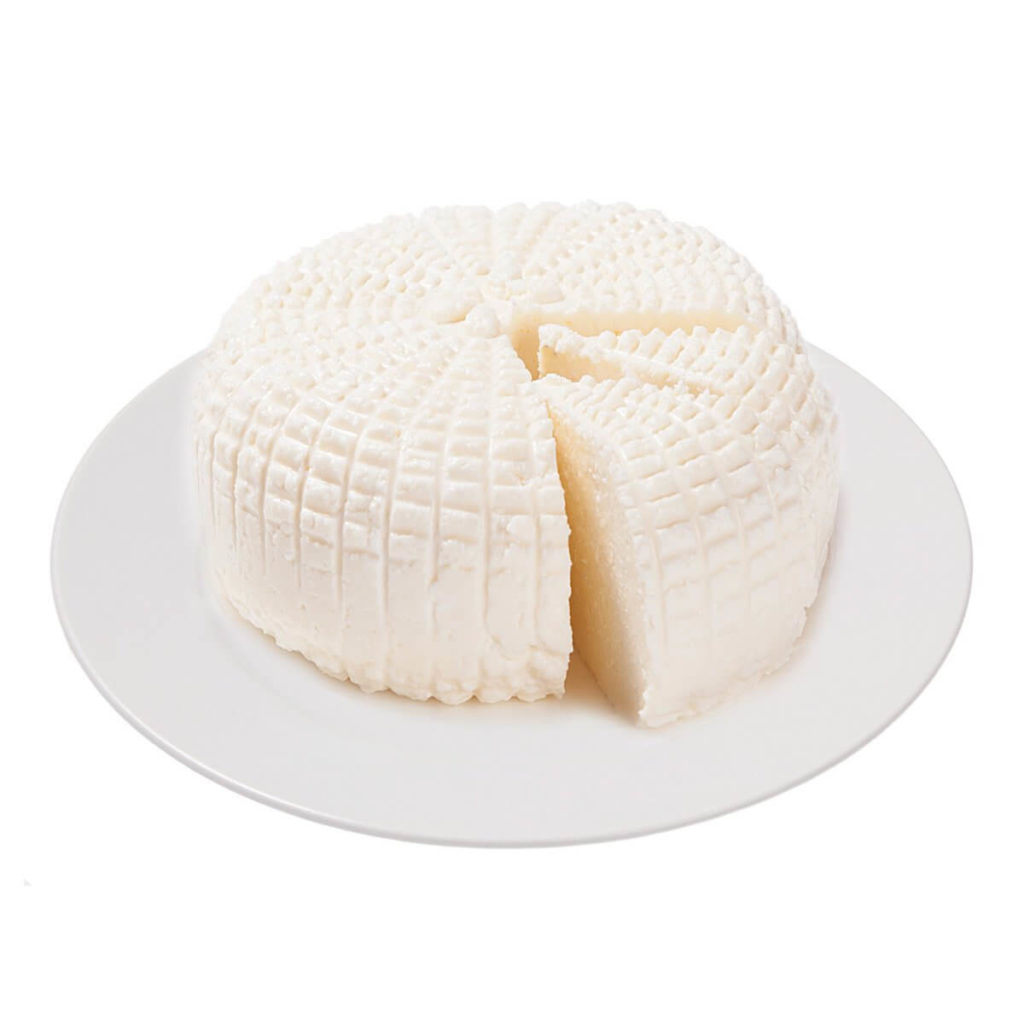Адыгейский сыр, польза и вред для организма, как готовить жареный сыр