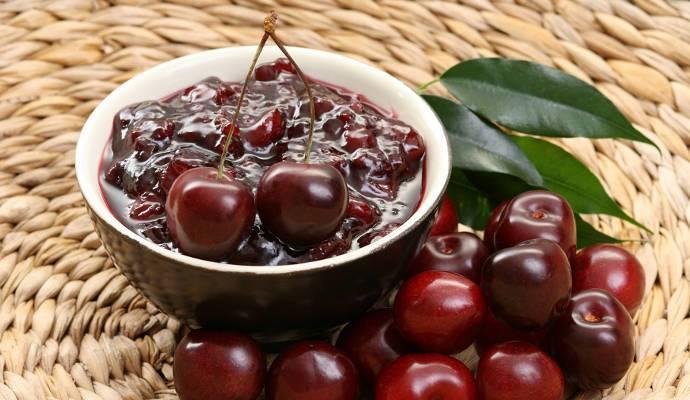 Как сварить вкусное вишневое варенье на зиму: варианты с косточками и без + рецепты джема